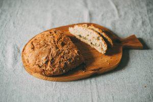 un patto tra noi spezzando il pane